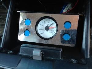 エアサスの制御盤