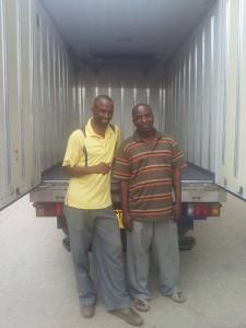 4か月がかりのトラック輸出プロジェクトが成功