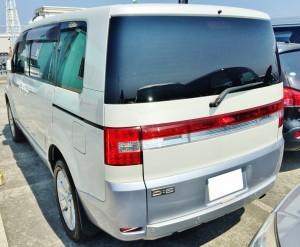 湘南の似合うデリカD5の中古車相場は高値安定多型。当然買取り相場も高値安定です。とくに4WDはさらに高額査定。
