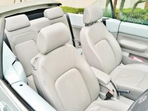 レザーシートは車を高く売るために最もアピールできるポイントです