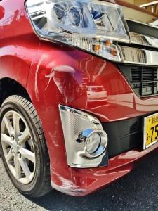 傷、ヘコミがあるクルマも高額査定!車の骨格部分までいかない傷なら、上手な板金屋さんと提携しているハッピーカーズならあまり査定に影響させません!!
