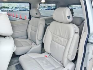 ホンダ エリシオン プレステージの全席レザーシートは圧巻です。ホンダ車を中心としたミニバンの売却・査定はハッピーカーズへお任せください。