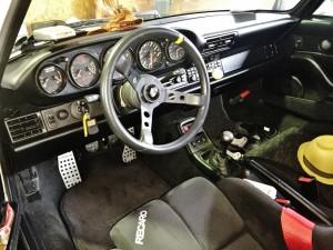 PORSCHE 911 伝統の5連メーターはもちろん査定UPポイント