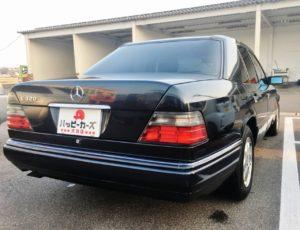 W124型E320スタイリッシュで最高のセダンを高額買取